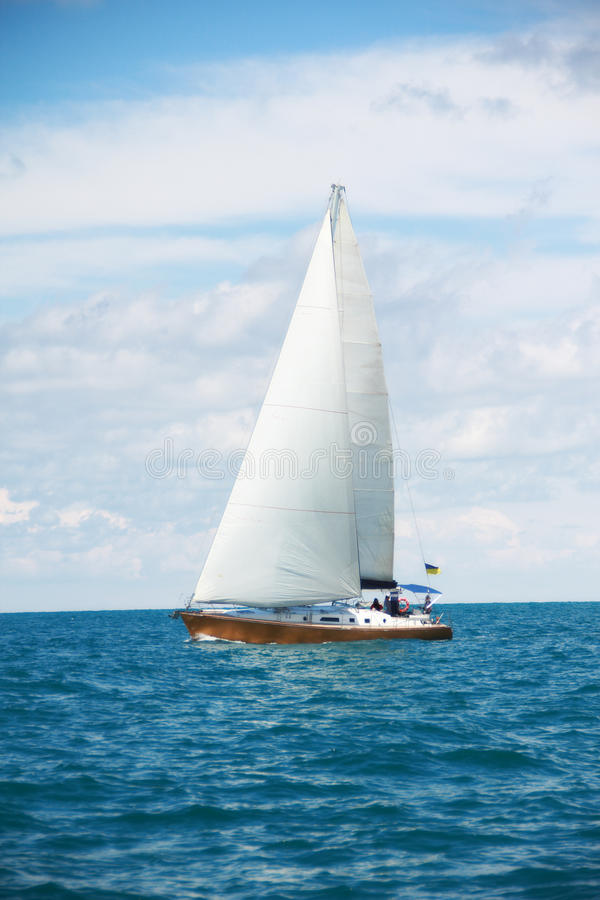 Free Beautiful Sailing Yacht In Sunny Day Stock Images - 46833104