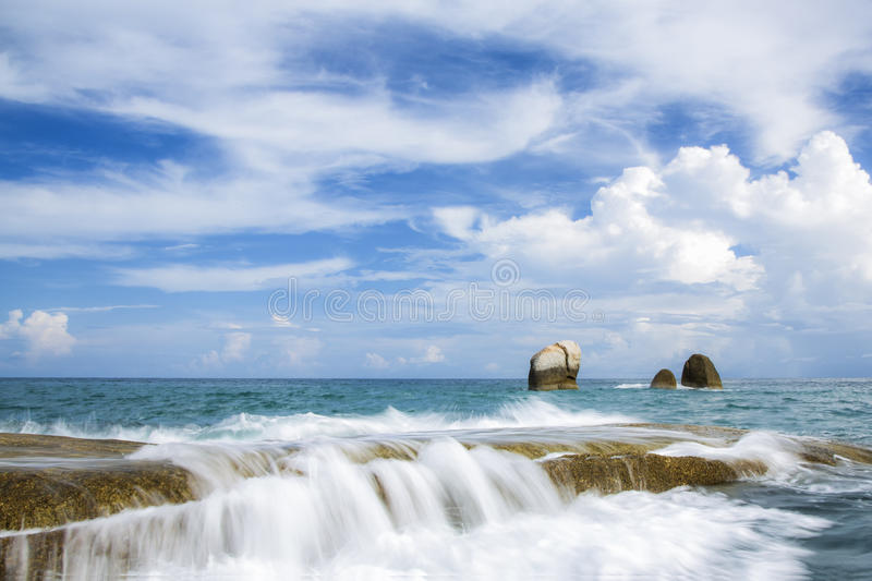 Download Beautiful sea and ocean stock photo. Image of background - 43447504
