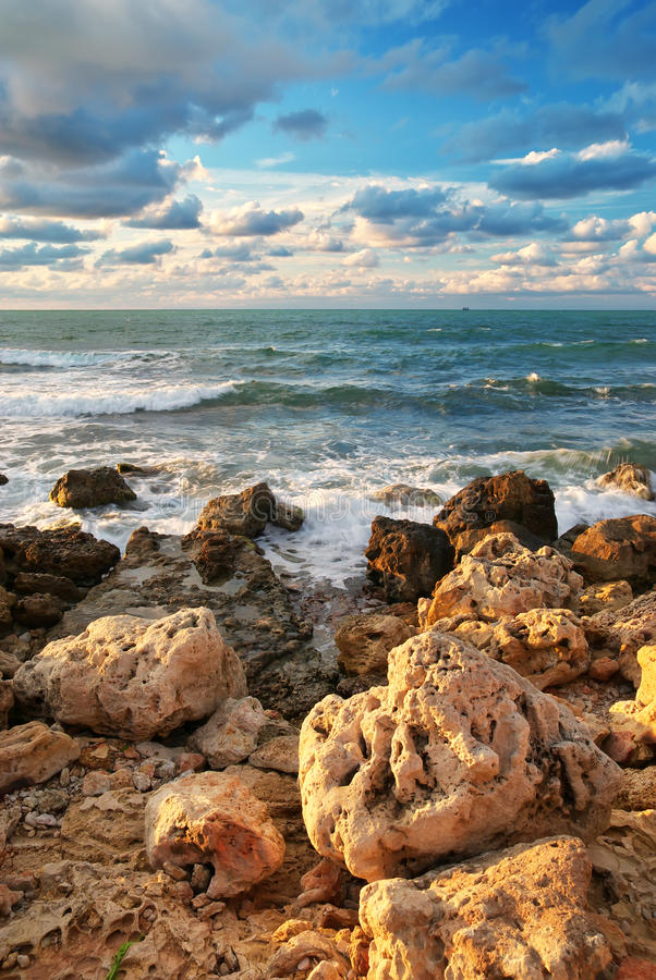 Free Beautiful Seascape. Royalty Free Stock Images - 18359979