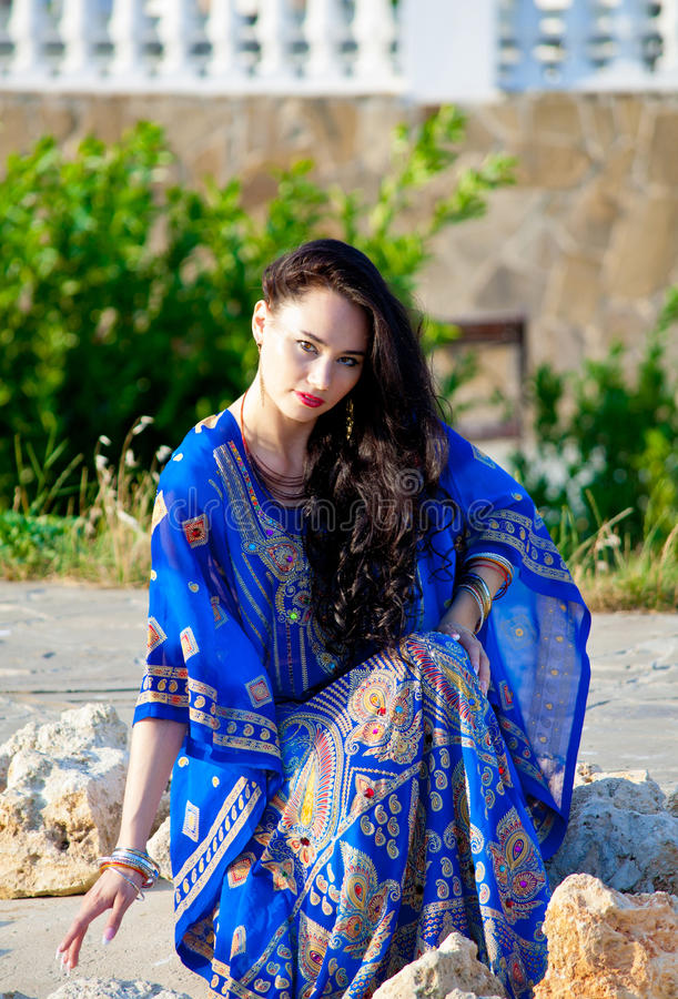 Download Beautiful Slim Lady, Professional Bellydancer Stock Image - Image of femininity, bellydancer: 39506953