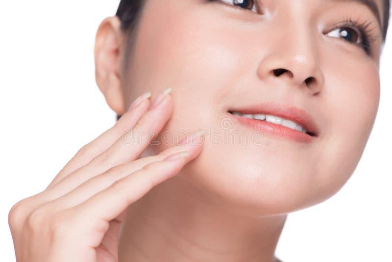 Beautiful spa model Aziatisch meisje met perfecte verse schone huid stock foto's