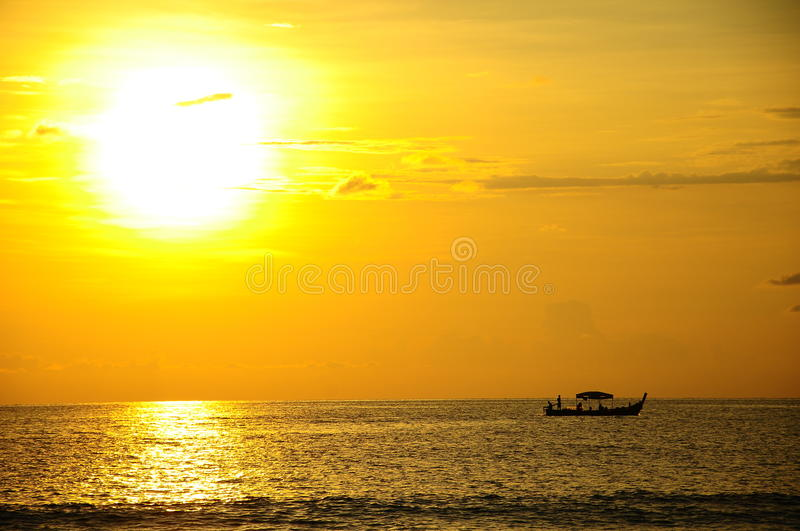 Download Beautiful Sunrise Over The Sea Stock Image - Image: 29875897