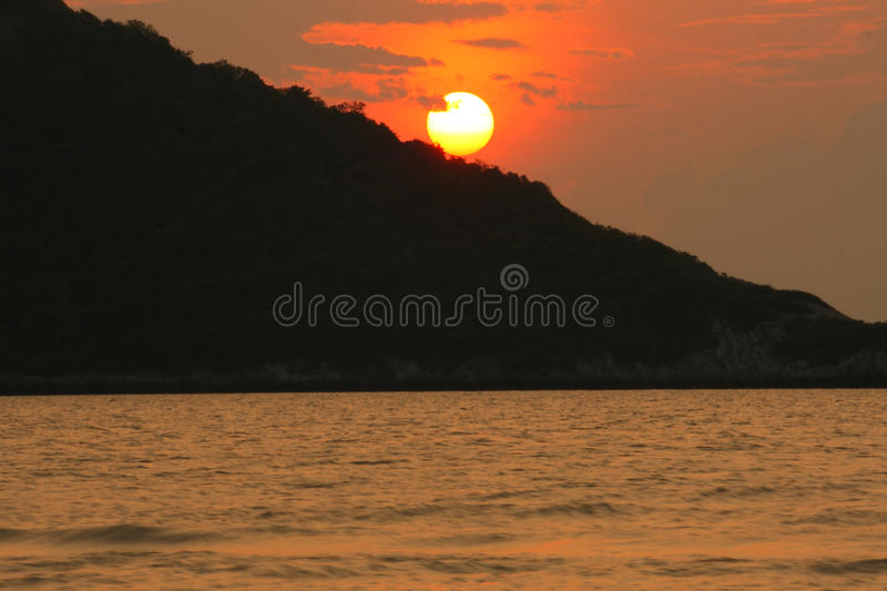 Download Beautiful Sunset Above The Sea Stock Image - Image: 35125809