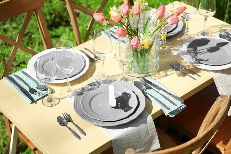 Beautiful Table Setting With Vase Of Flowers Stock Image - Image of ...