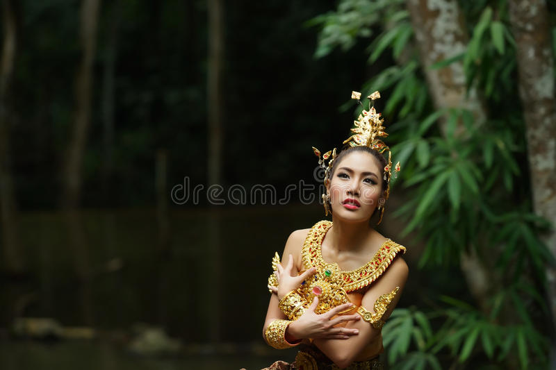 Download Beautiful Thai Lady In Thai Traditional Drama Dress Stock Photo - Image: 33598268