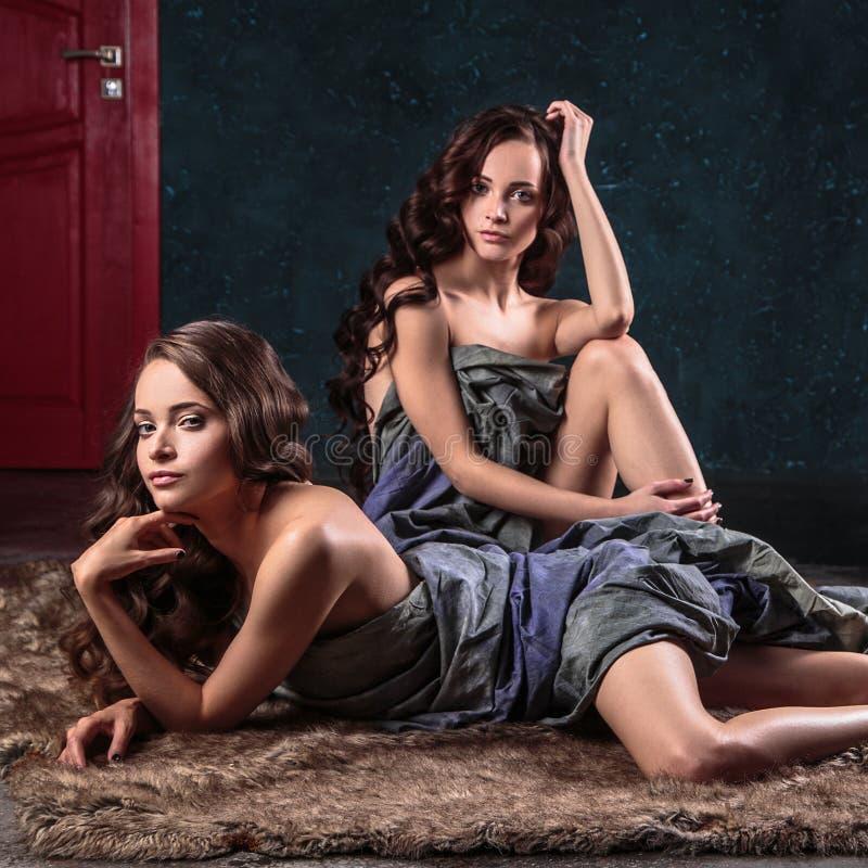 Beautiful nude twins women-7165