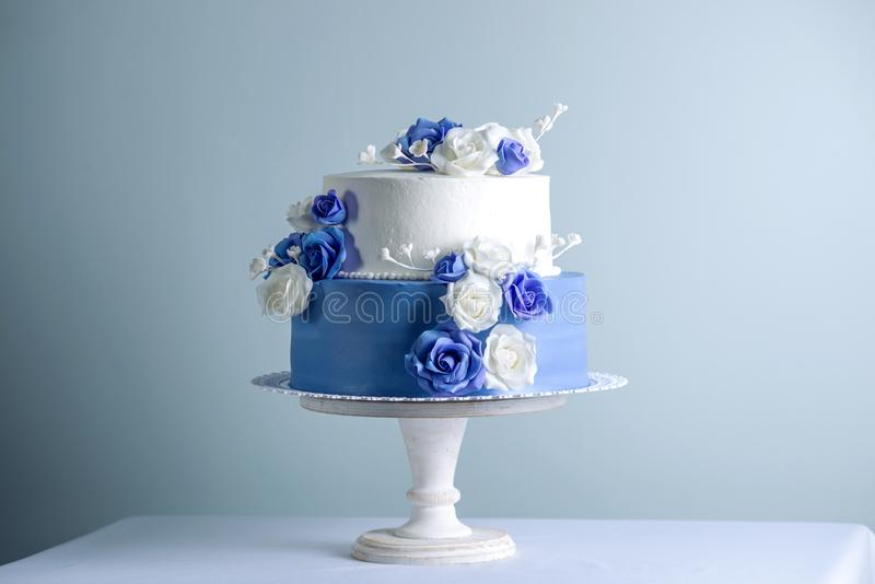 726 Wedding Cake Blue Roses Photos Free Royalty Free Stock Photos From Dreamstime