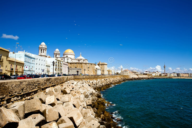 Download Beautiful View Of The Cathedral Nueva In Cadiz Stock Image - Image of gold, seafront: 7037039