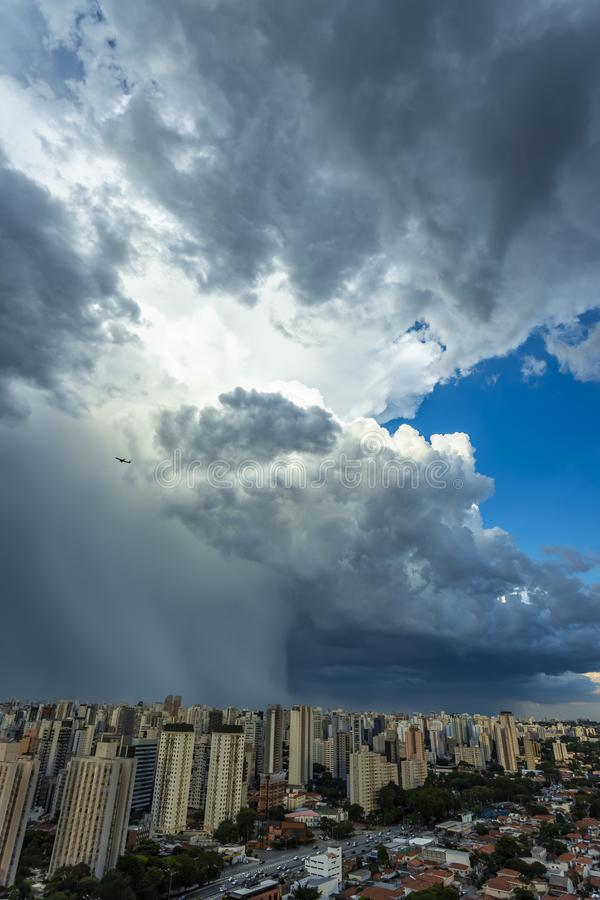 Beautiful view of dramatic dark stormy sky. The rain is coming soon. Pattern of the clouds over city. stock image