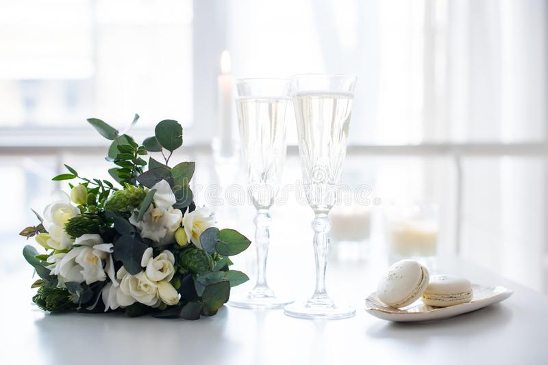 Beautiful wedding decoration with champagne and flowers, elegant royalty free stock photos