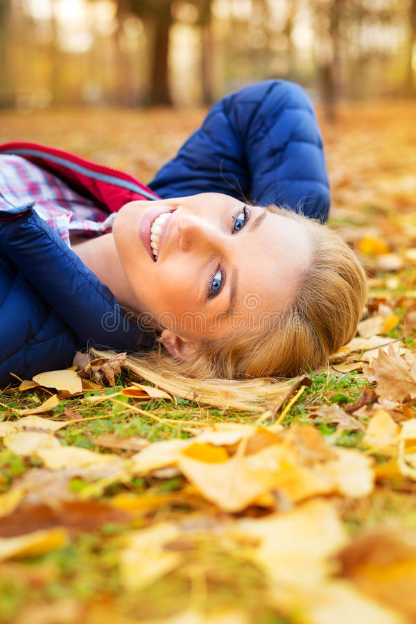 Beautiful Woman At The Autumnal Park Royalty Free Stock Images