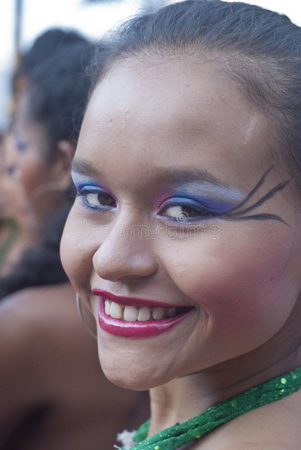 Download Beautiful Woman Of Colombia Folk Group Editorial Stock Image - Image: 26269179