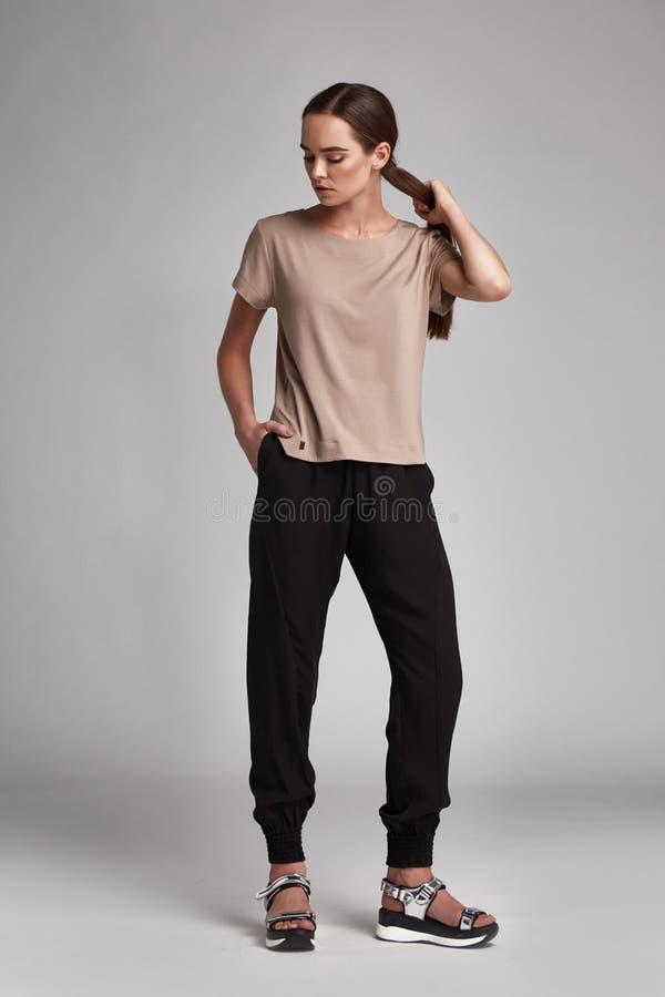 Free Beautiful Woman Fashion Model Long Brunette Hair Natural Royalty Free Stock Photos - 77104878