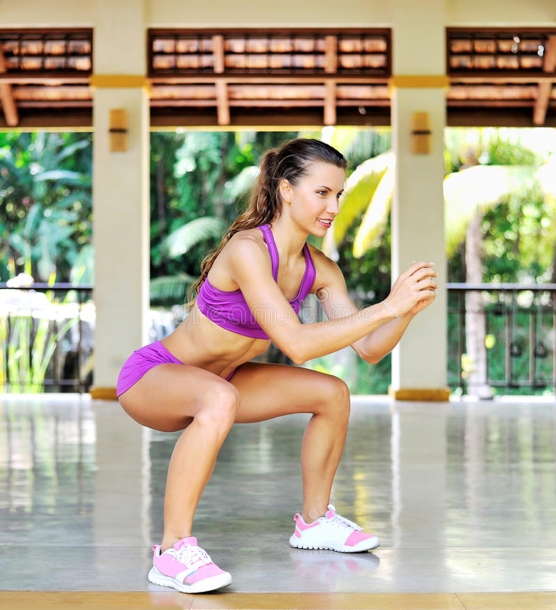 Free Beautiful Woman Working Out Outdoor Royalty Free Stock Photography - 67847477