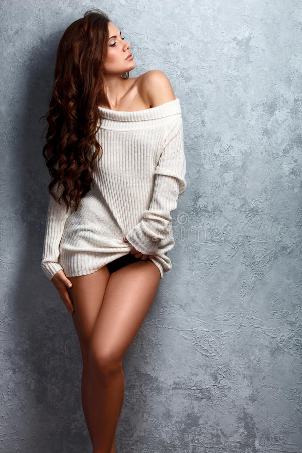 Free Beautiful Young Brunette Woman In Sweater Royalty Free Stock Photos - 51214788