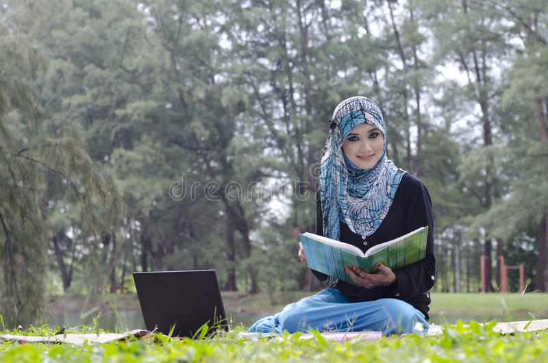 Download Beautiful Young Muslimah Royalty Free Stock Photos - Image: 23052328