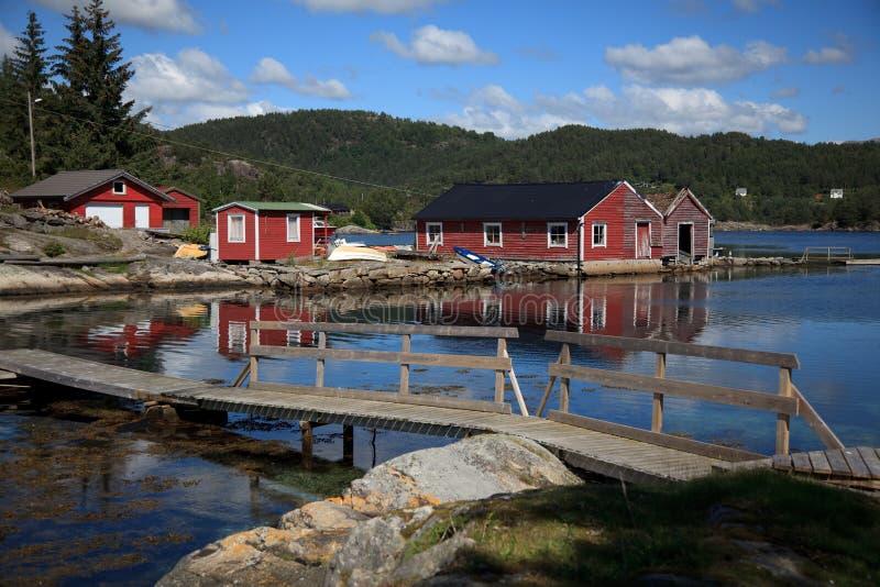 Beautifull Norvegia, baia con le barche. fotografie stock