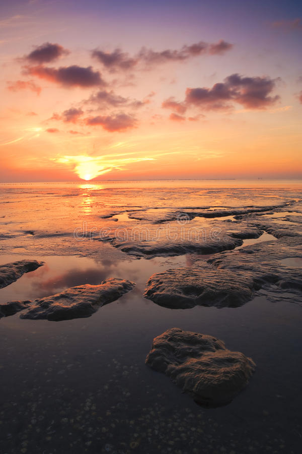 Download Beautuful Tranquil Sunset Over The Ocean Stock Image - Image: 11866023