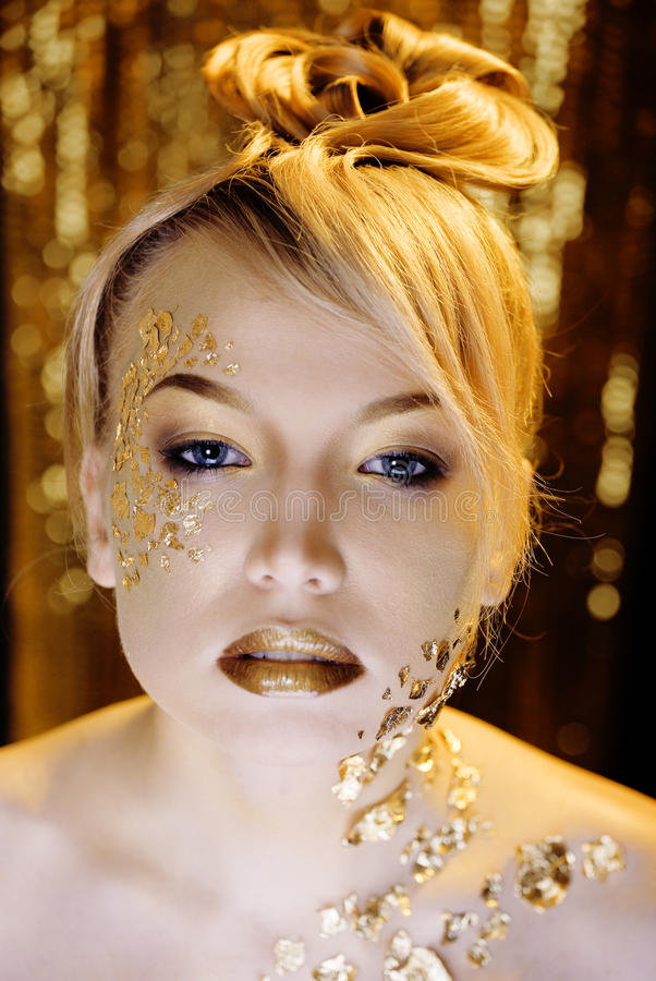 Download Beauty Blond Woman With Gold Creative Make Up Stock Image - Image: 31986527