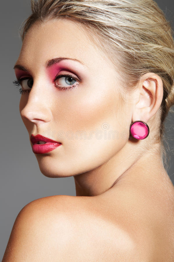 Download Beauty With Evening Make-up, Bright Lips & Jewelry Stock Photos - Image: 15013043