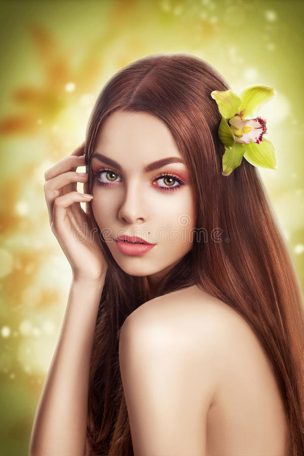 Download Beauty With Healthy Straight Hair With Flower Stock Image - Image: 28016527