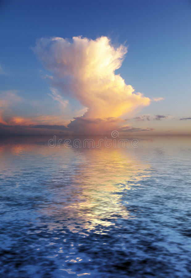 Download Beautyful Mystery Cloudscape Stock Image - Image: 5873031