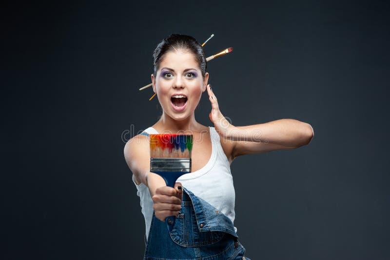 Beaux-arts Artiste de femme d'isolement au blanc photo libre de droits
