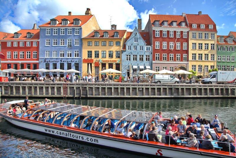 Beaux bâtiments colorés à Copenhague image libre de droits