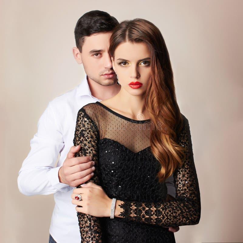 Beaux couples de mode images libres de droits