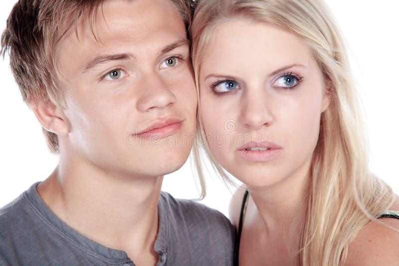 Beaux couples semblant sensuels photos stock