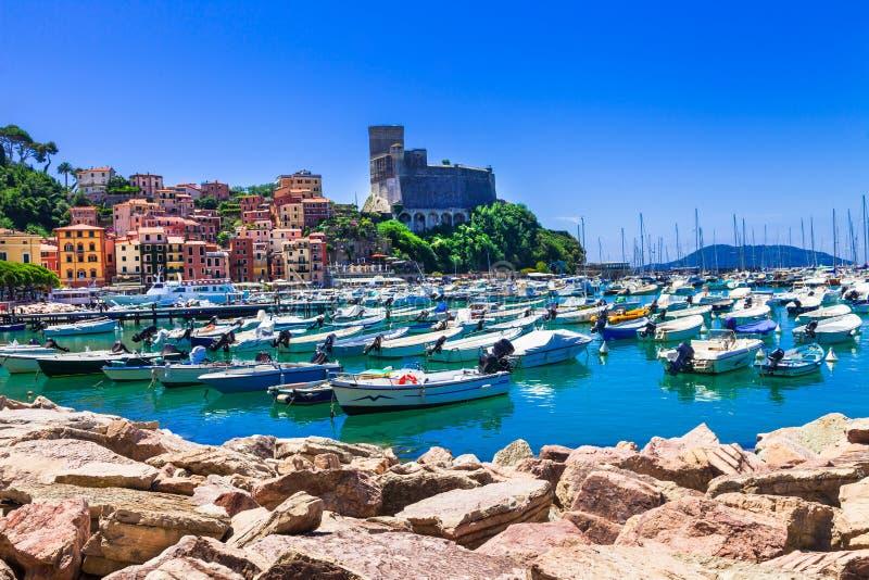 Beaux endroits de l'Italie - le Lerici en Ligurie photo libre de droits