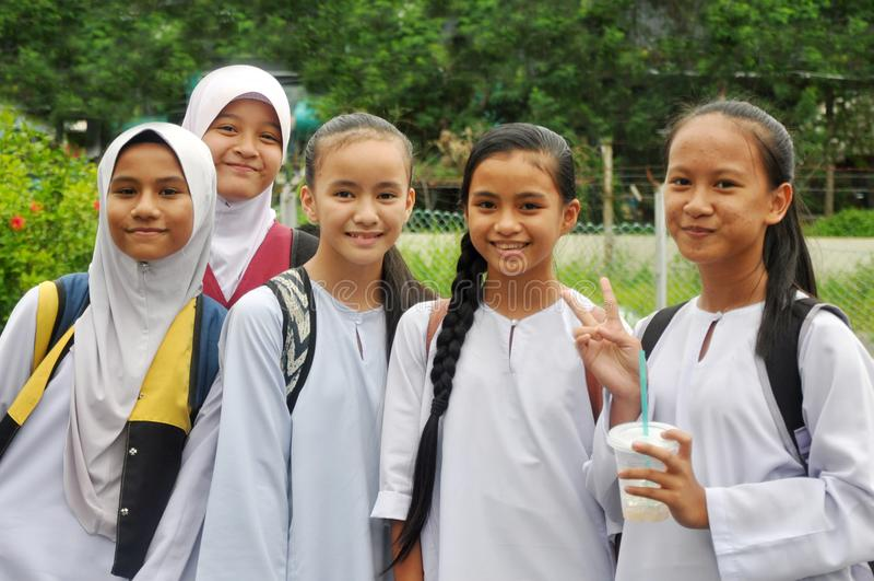 Beaux enfants de la Malaisie image stock