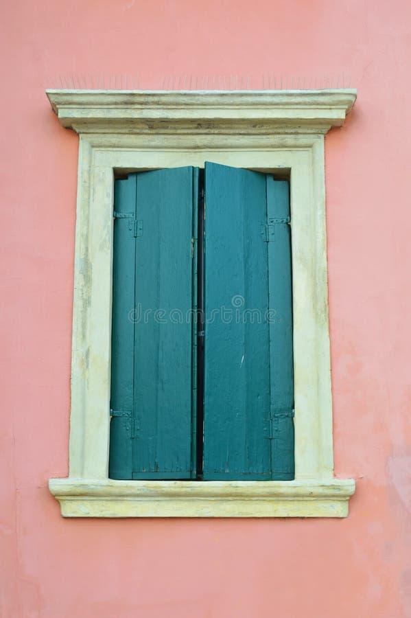 Beaux fenêtres et balcons - Vérone 9 photographie stock