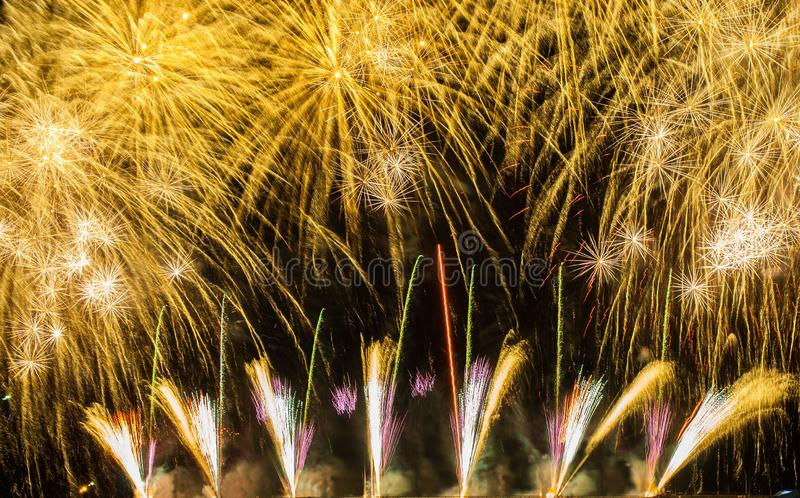 Beaux feux d'artifice photos stock