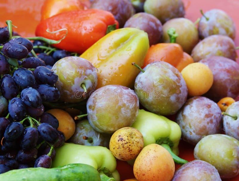 Beaux fruits et légumes photographie stock