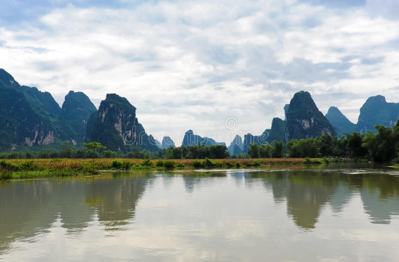 Beaux horizontaux chinois image stock