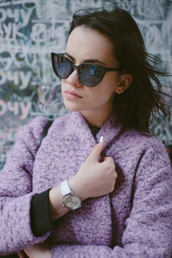 Beaux jeunes modèles photos stock