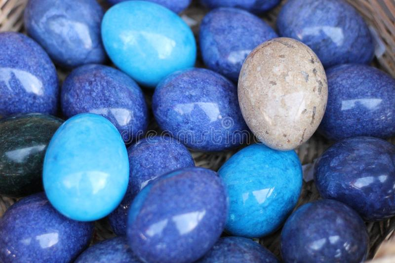 beaux oeufs bleus de marmol photo libre de droits