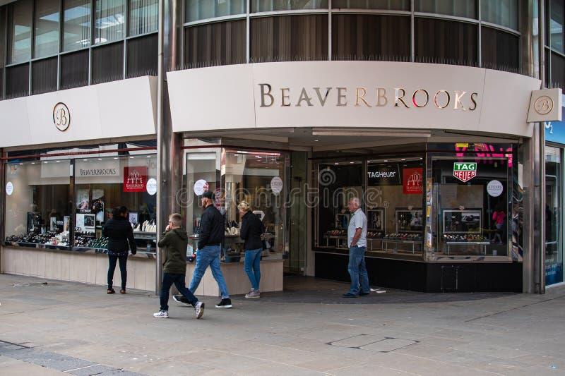 Beaverbrooks Jewlery shoppar Swindon royaltyfri bild
