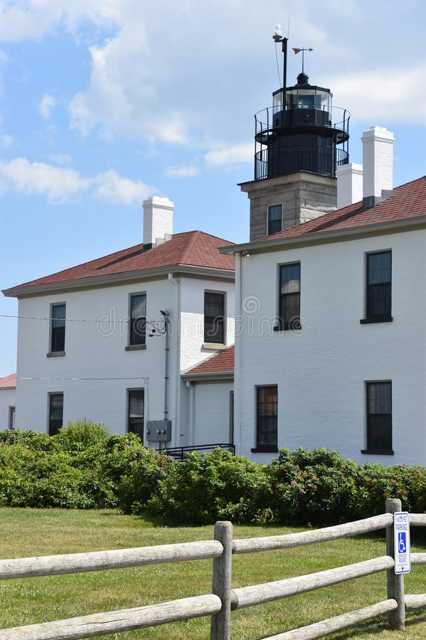 Beavertail fyr i Jamestown, Rhode - ö royaltyfri bild