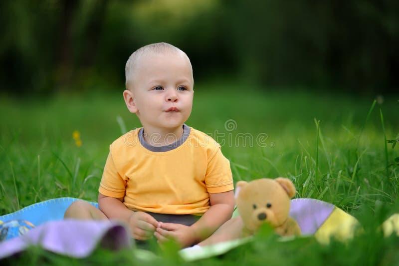 Bebé de la felicidad imagen de archivo