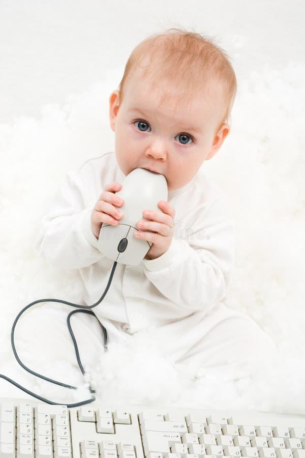 Bebé del ordenador imagen de archivo