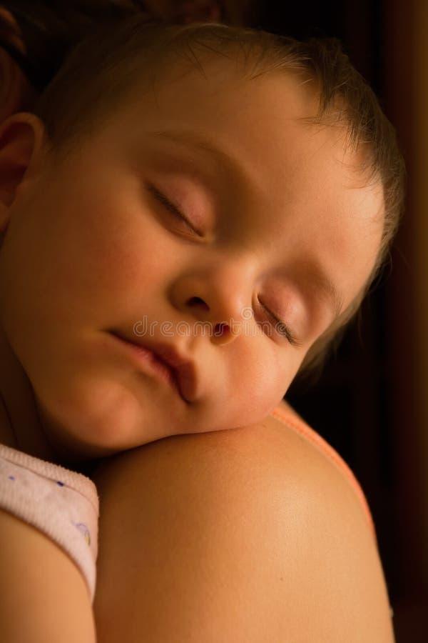 Bebé durmiente fotografía de archivo libre de regalías