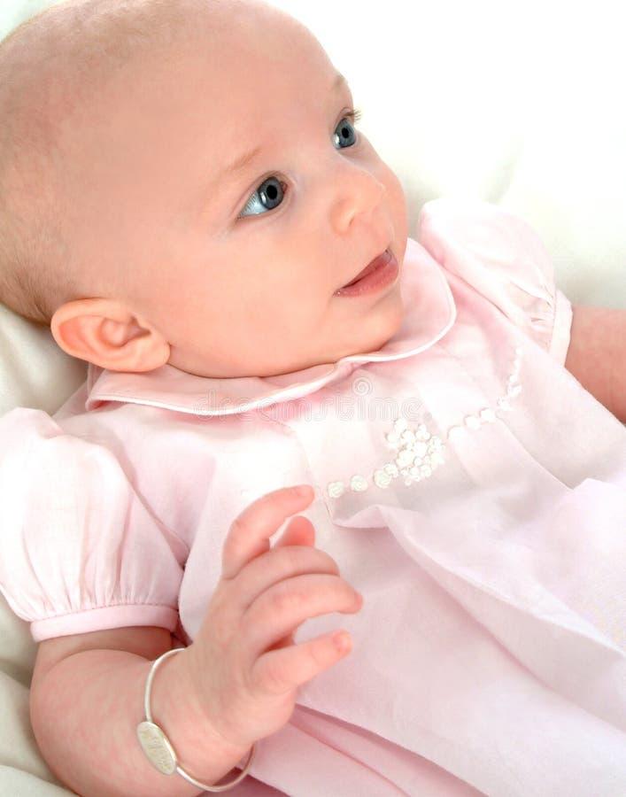 Bebé en vestido rosado imágenes de archivo libres de regalías