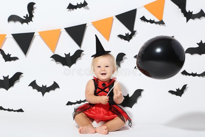 Bebé en el traje de Halloween fotografía de archivo libre de regalías
