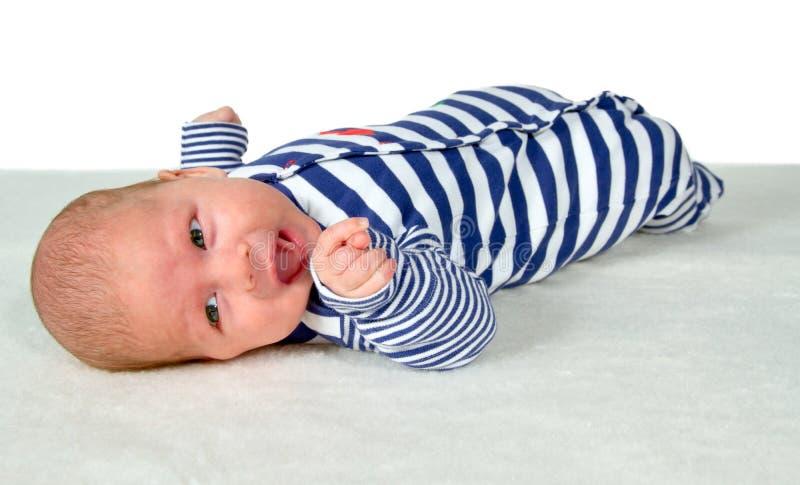 Bebé en la manta foto de archivo libre de regalías