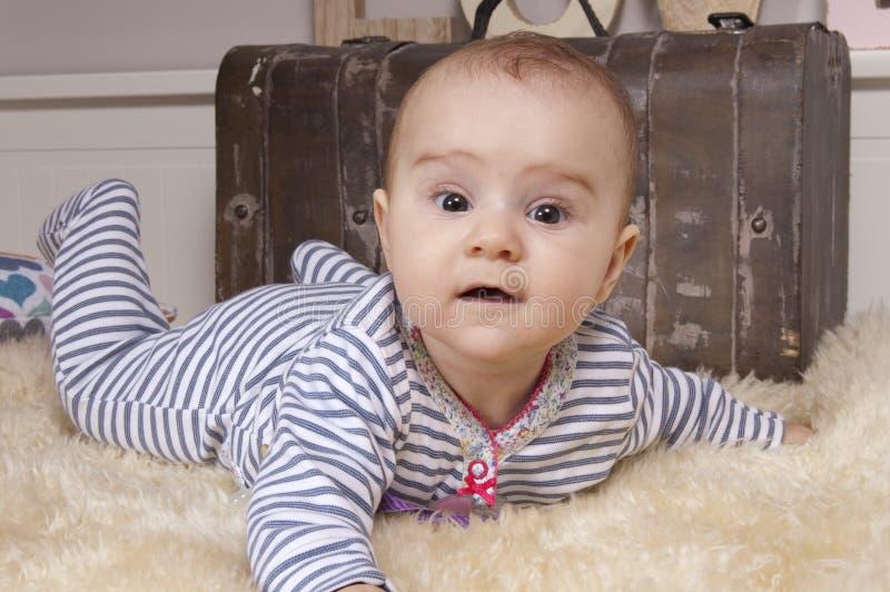 Bebé en tema de Navidad fotos de archivo libres de regalías