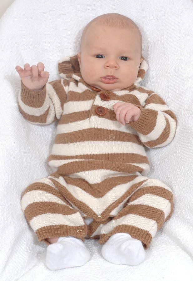 Bebé no romper da camisola imagem de stock
