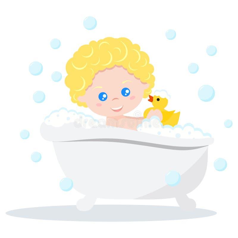Bebé que toma un baño que juega con las burbujas de la espuma y el pato de goma amarillo ilustración del vector