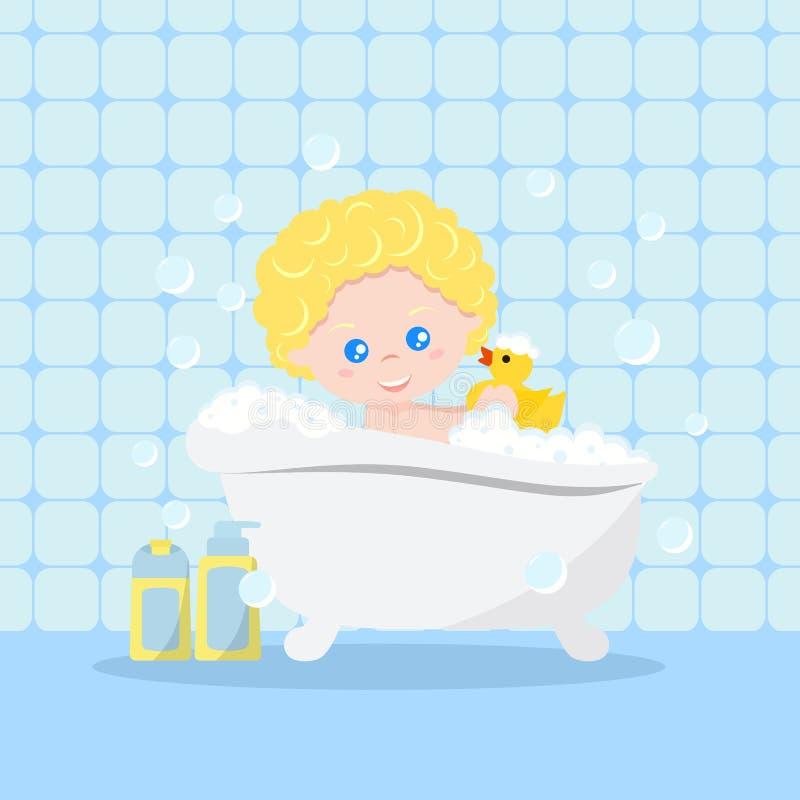Bebé que toma un baño que juega con las burbujas de la espuma y el pato de goma amarillo en fondo interior del baño ilustración del vector